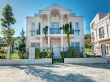 Луксозна 3-етажна къща в комплекс Олимпия/ Olympia
