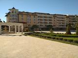 Двустаен апартамент в реномиран комплекс в тихата част на к.к. Слънчев бряг