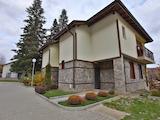 Самостоятелна къща в затворен комплекс до Земенския манастир