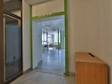 Функционален офис в представителна сграда, кв. Изток