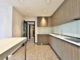 Тристаен апартамент с гараж в нова луксозна сграда, кв. Оборище