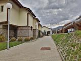 Комплекс от планински къщи с традиционна архитектура до Земенския манастир