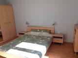 Тристаен апартамент под наем в топ центъра на София