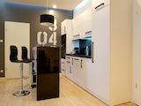 Напълно обзаведен  дизайнерски апартамент в центъра на София