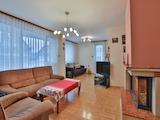 Three-bedroom apartment in Lozenets District