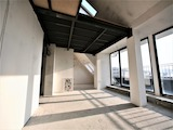 Ексклузивен тристаен апартамент с отлична локация в София