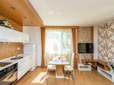 Стилен тристаен апартамент в центъра на Слънчев бряг