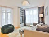 Тристаен апартамент на метри от Парадайс Мол
