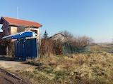 Парцел за частна къща на 5 км от метростанция
