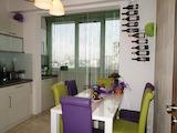 Тристаен апартамент с в ж.к. Мусагеница