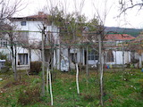 Селски имот до Павел Баня