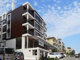 Тристаен апартамент близо до плажа в морски курорт Свети Влас