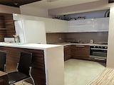 Тристаен апартамент в малка кооперация в к-с Изгрев в Бургас
