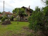 Отлична къща в малък град до Варна