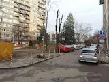 Тристаен необзаведен апартамент на ул.Крум Попов до 4-то РПУ