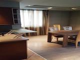 Тристаен апартамент под наем в кв. Иван Вазов