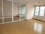 Просторен четиристаен апартамент с топ локация до метростанция и НДК