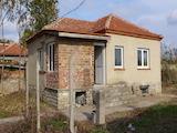 Две къщи в един двор до Нова Загора