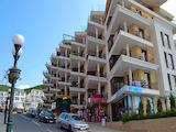 Двустаен апартамент в центъра на морски курорт Свети Влас