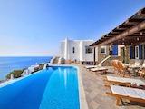 Морска вила до красивия плаж Елия, Миконос
