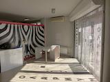 Магазин, студио за красота на метри от Южния парк