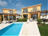 Two villas with sea view in holiday resort Lozenets