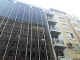Офис в топ център до метро и мол