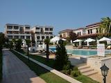 Двустаен апартамент в затворен комплекс Green Life Beach Resort