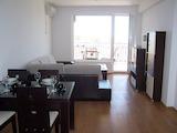 Двустаен апартамент с гледка към морето в град Ахтопол