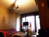 Тристаен апартамент с лесен достъп до метростанция Александър Балан