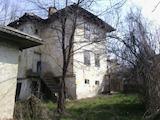 """Къща на три нива само на 3 км от резерват """" Боженци """""""