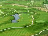 Двустаен апартамент в престижно голф игрище