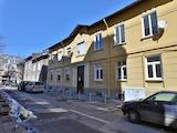 Тристаен апартамент до бул. Христо Ботев
