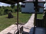 Двуетажна къща близо до гр. Варна