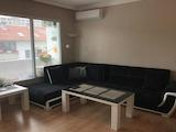 Обзаведен двустаен апартамент в центъра на Пловдив