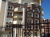 Просторен, тристаен апартамент в кв. Младост 2