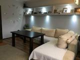 Обзаведен тристаен апартамент в центъра на Пловдив