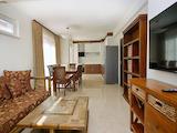 Луксозен апартамент с 4 спални и подземен гараж в затворен комплекс