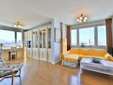 Луксозен апартамент с две спални до НДК