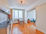 """Двустаен апартамент с централна локация на метри от """"Площад Славейков"""""""