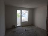 "Тристаен апартамент ""на тапа"" до Бургаски пазар Краснодар, Възраждане"