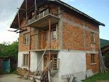 Масивна триетажна къща за продажба в село Белимел, община Монтана