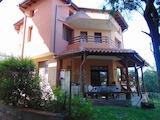 Триетажна къща в престижния район на Сарафово, Бургас
