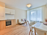 Modern new apartment with stylish design and beautiful views near The Mall