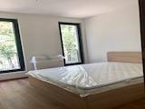 Обзаведен дом с две спални в Зона Б-18 до метростанция
