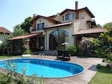 Excellent 3-storey House With Pool in the Village of Osenovo