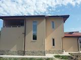Къща на два етажа в местност Траката, Варна