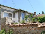 Джуетажна къща с двор в град Свищов