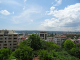 Тристаен апартамент в идеален център на гр. Варна