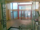 Комуникативен магазин в оживен централен район до ул. Алабин